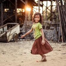 Unidentified Khmer girl in Kampong Phlukm, Cambodia. Andrey Bayda / Shutterstock