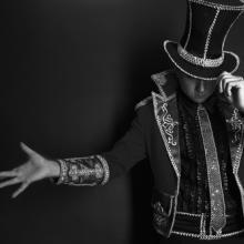 Magician photo: InnervisionArt / Shutterstock.com