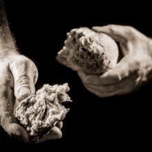 Breaking bread, Shaiith / Shutterstock.com