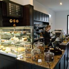 Cafe Elfenbein in Berlin, certified to be Kosher and serves foods like bagels an